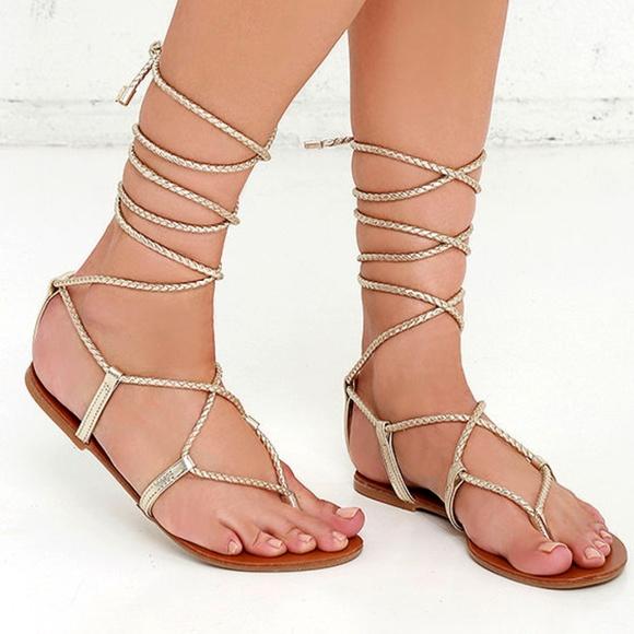 a7d4e4d763a2 Steve Madden Jupiter Gold Lace Up Sandals. M 5af09232077b97293d3061a7